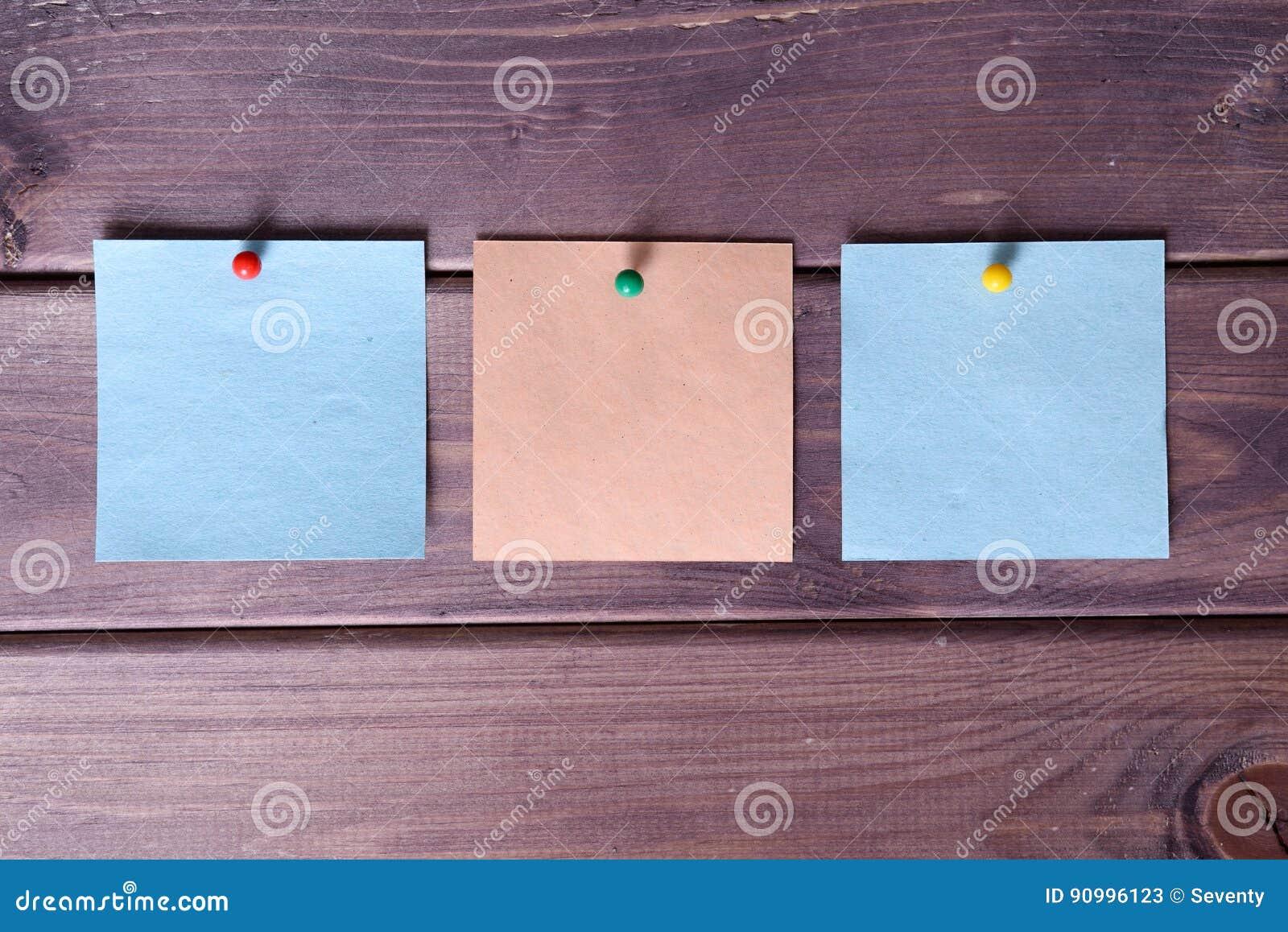 Notas, etiquetas engomadas