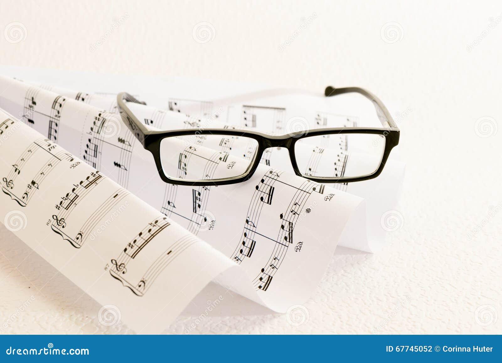 Noten ein Gläser