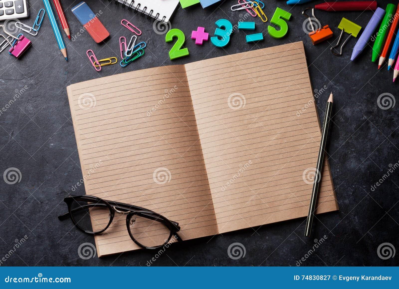 Spectacles: book of optics and school dress essay