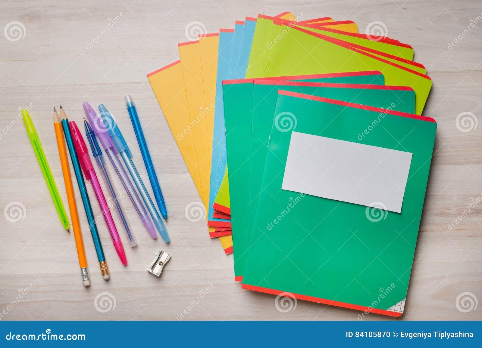 Notitieboekjes en pennen