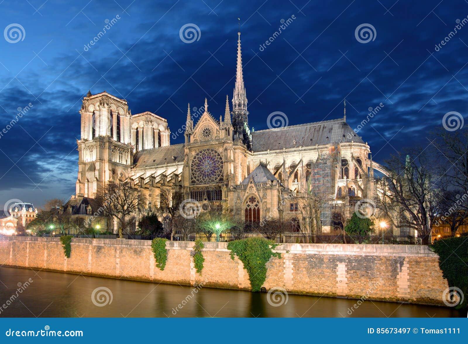 Notre Dame à Paris, France