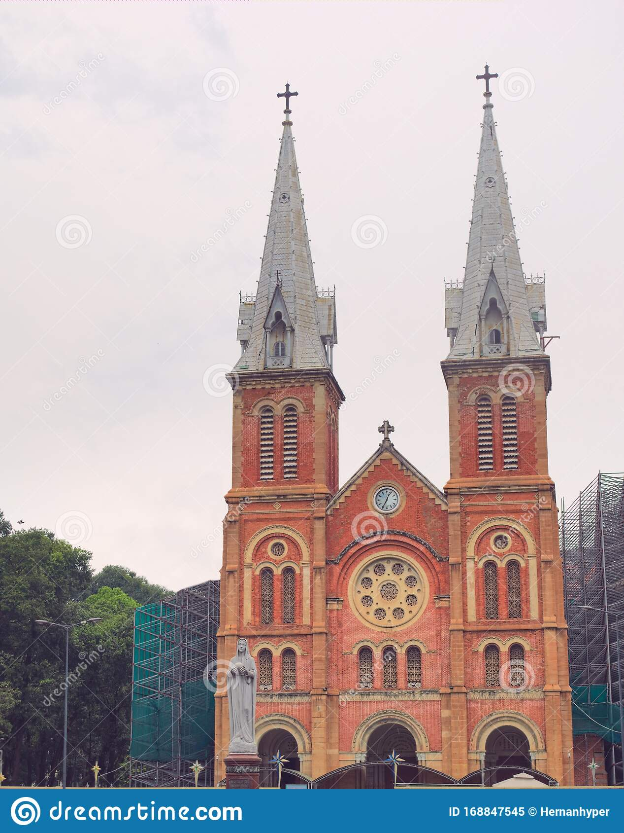 10x6.5ft Side Gate of Saigon Notre Dame Cathedral Polyester Photography Background European Old Church France Historical Architecture Backdrop Scenic Spot Cultural Relics Wedding Shoot Studio