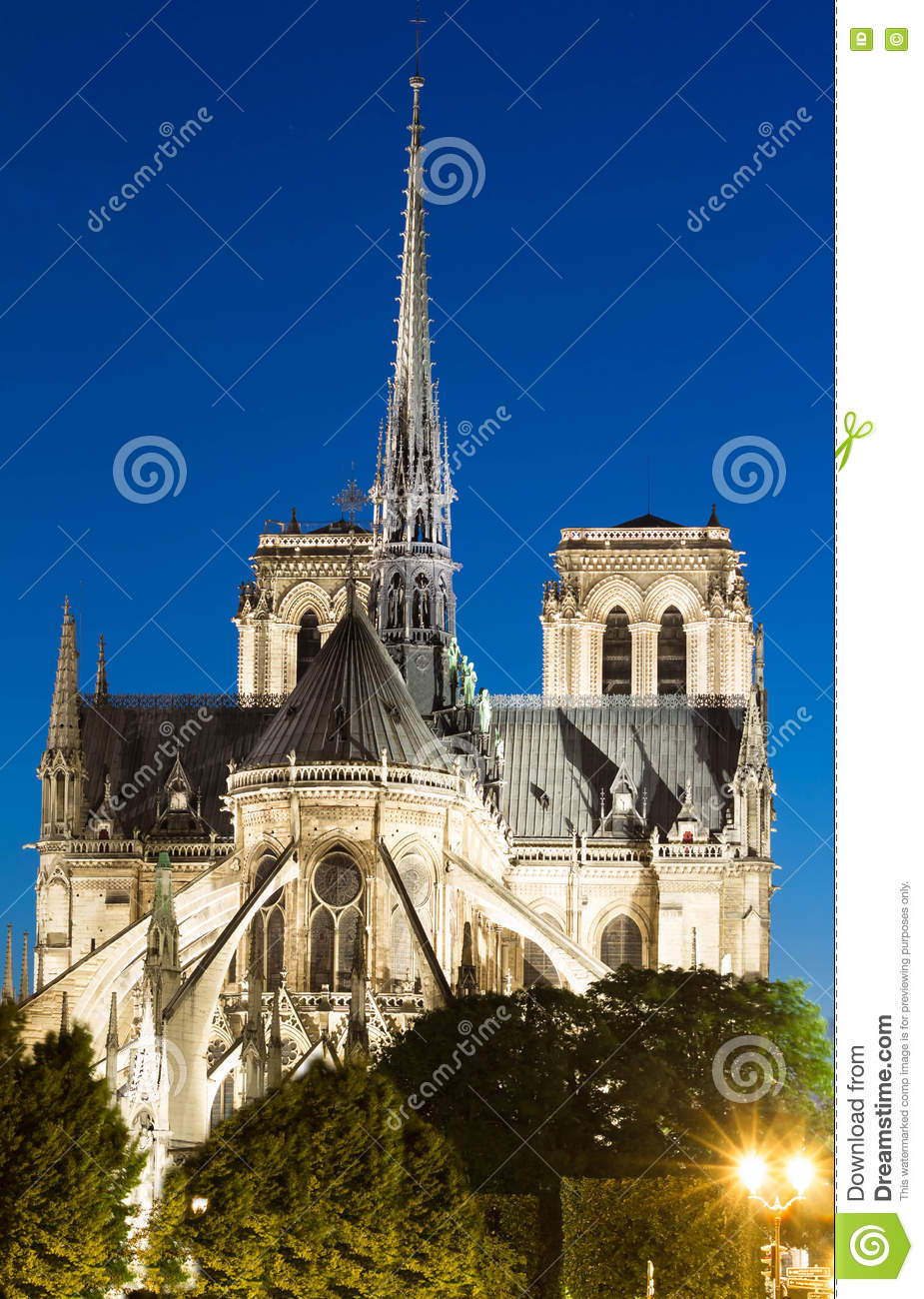 a look at the ancient masterpiece notre dame This lesson outlines victor hugo's masterpiece ''the hunchback of notre dame'' included are descriptions of the main characters, as well as a.