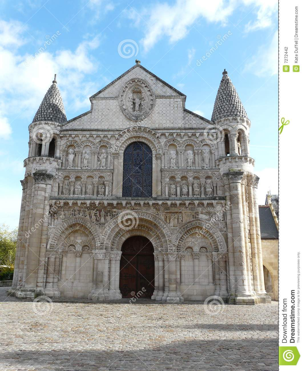 Notre dame cathedral in poitiers stock photography image for Exterior notre dame
