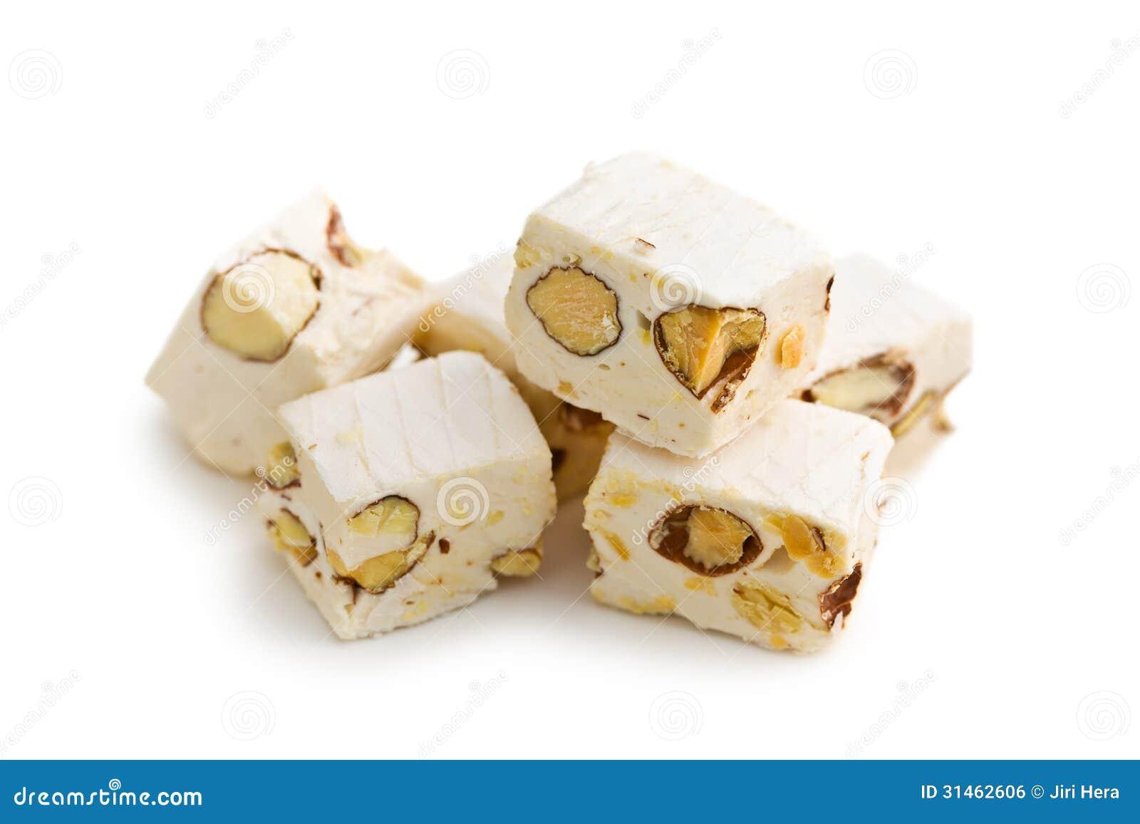 Nougat blanc avec des amandes