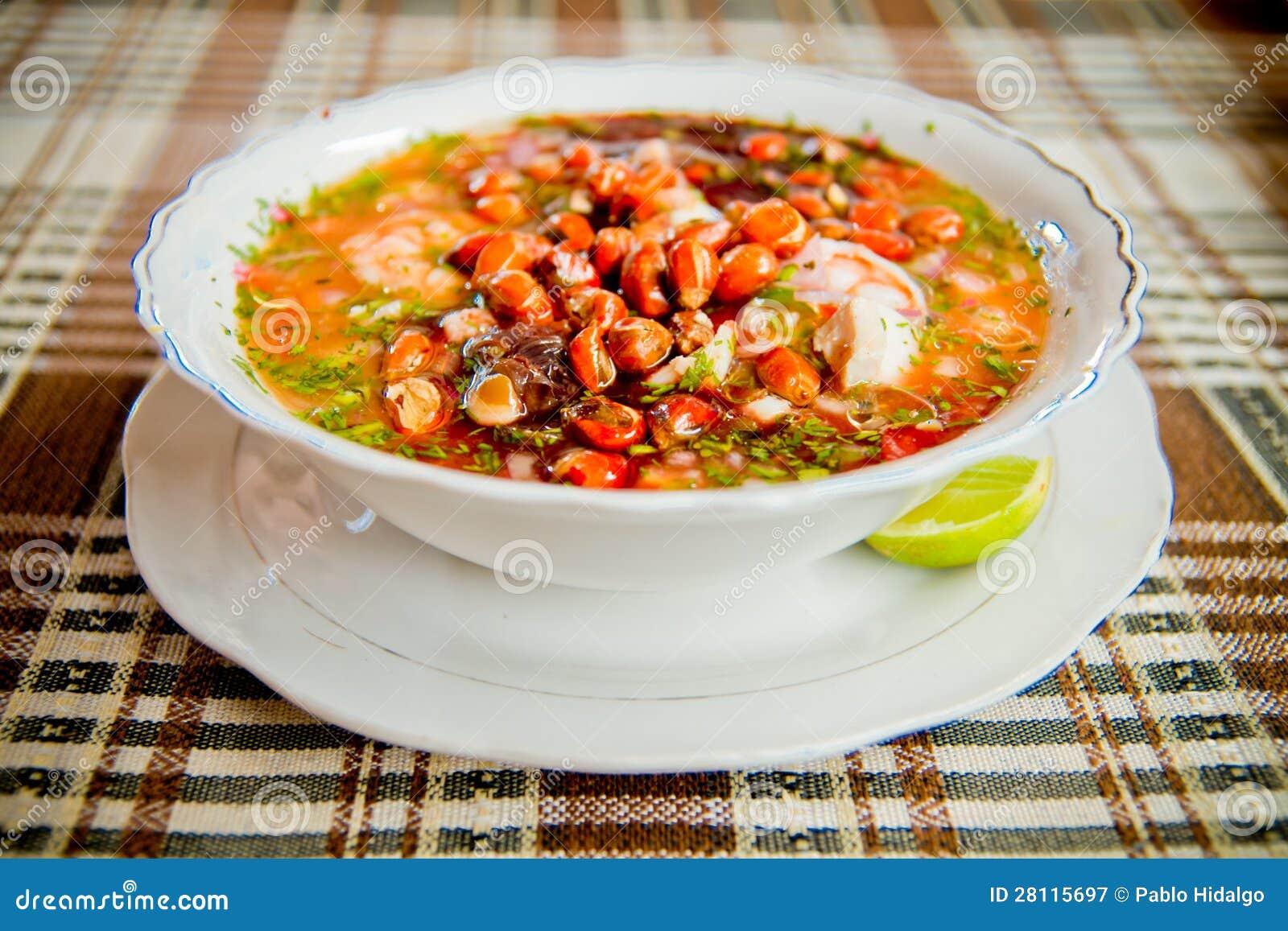 Nourriture de l 39 equateur ceviche de crevette et de for Nourriture de poisson