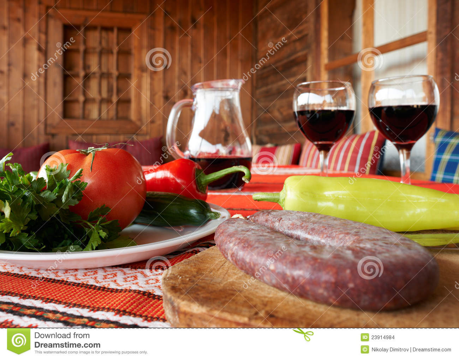 nourriture et vin sur la table images stock image 23914984. Black Bedroom Furniture Sets. Home Design Ideas