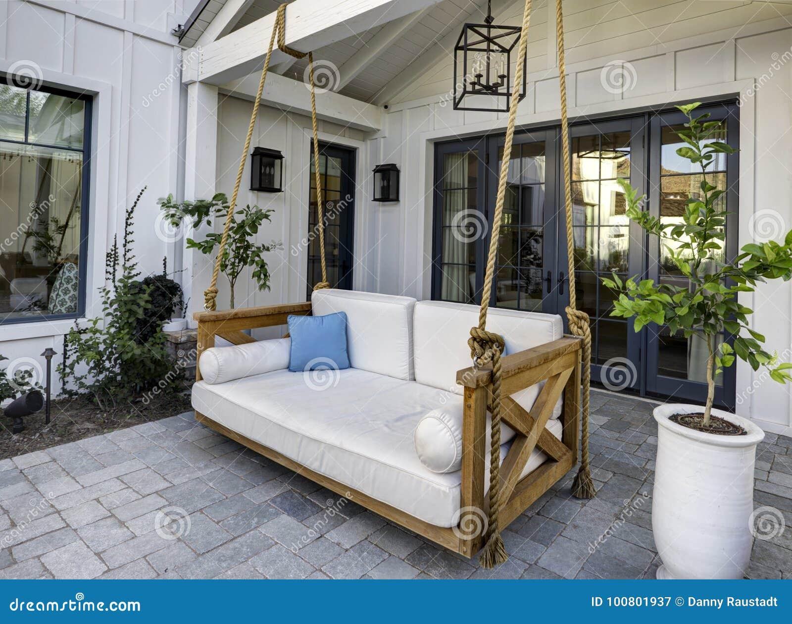 Maison Moderne Avec Patio Interieur nouveau patio à la maison classique moderne avec une