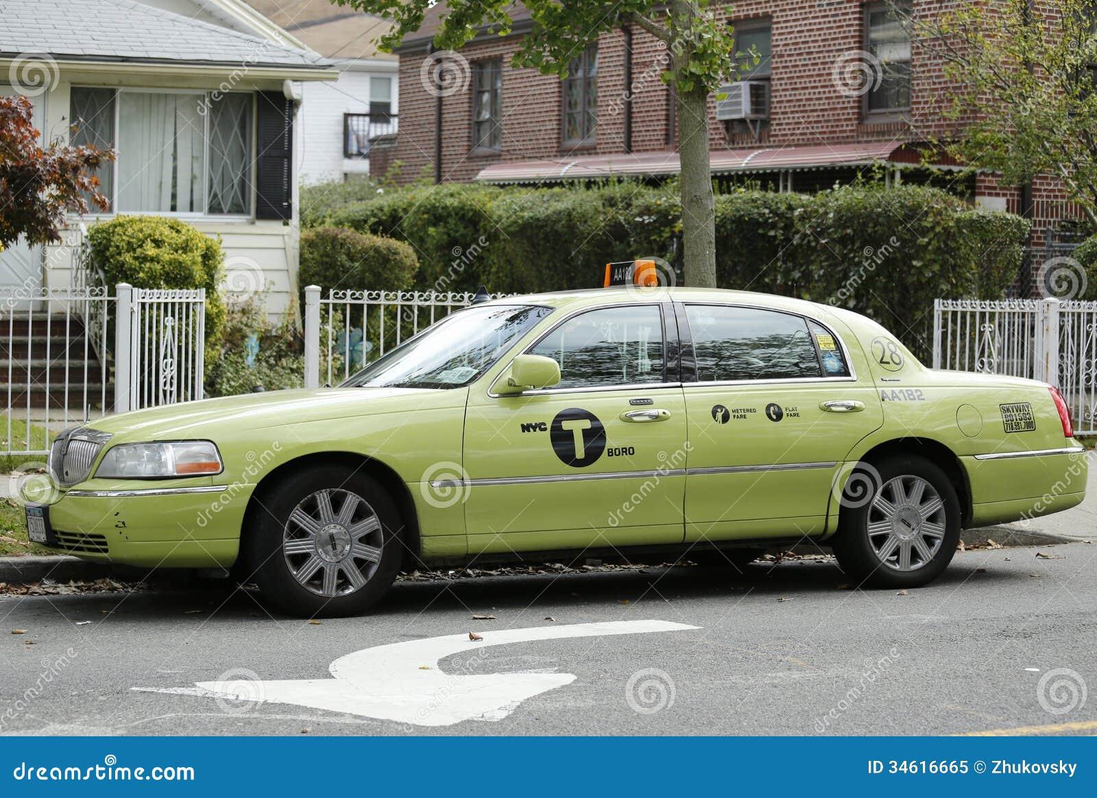 nouveau taxi de couleur verte de boro new york image ditorial image 34616665. Black Bedroom Furniture Sets. Home Design Ideas