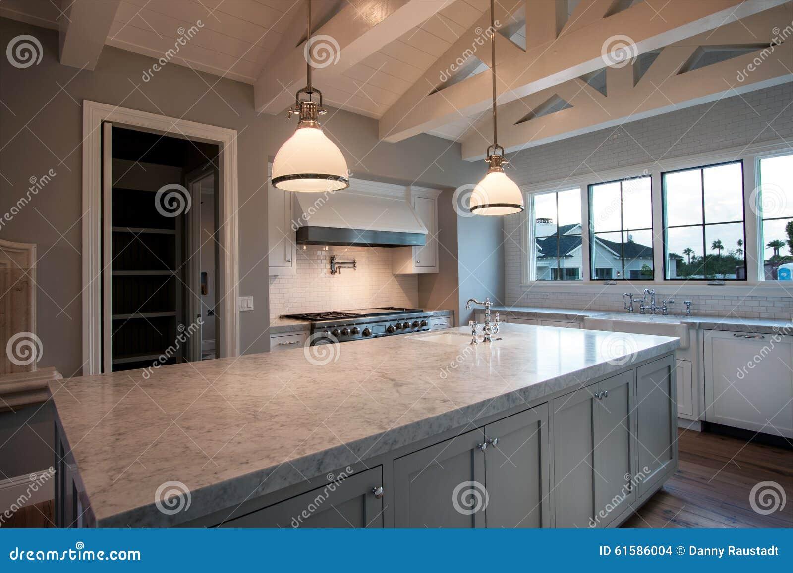 Nouvelle Grande Cuisine A La Maison Moderne Photo Stock Image Du