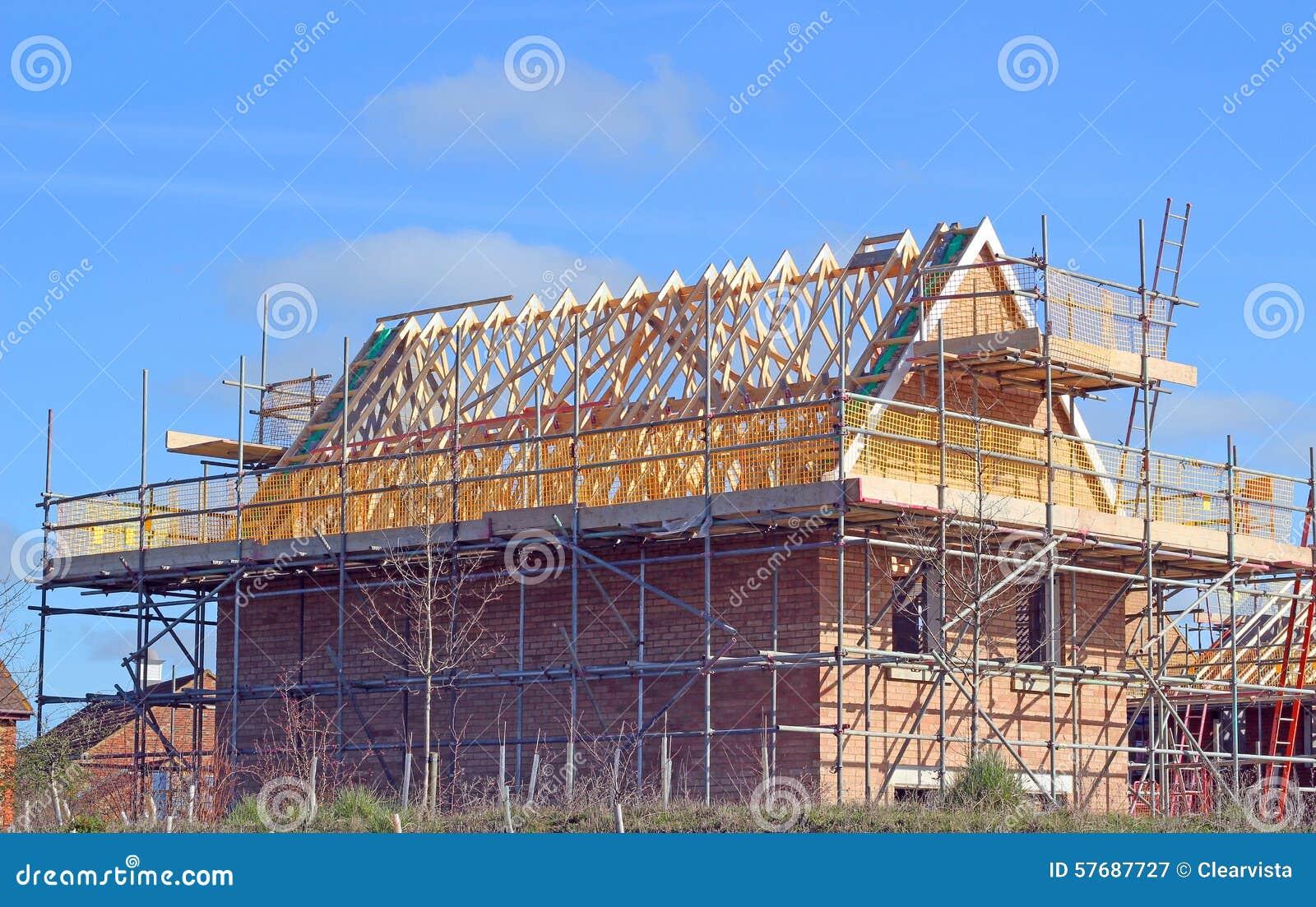 Nouvelle maison de construction avec les combles et l for Achat nouvelle maison
