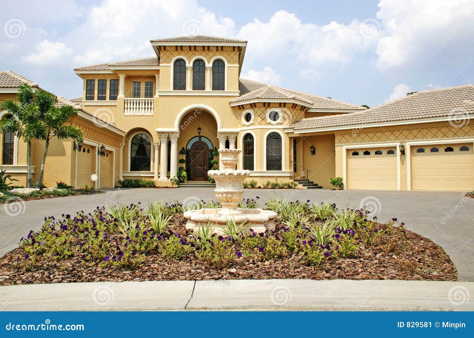 nouvelle maison luxueuse image stock image 829581. Black Bedroom Furniture Sets. Home Design Ideas