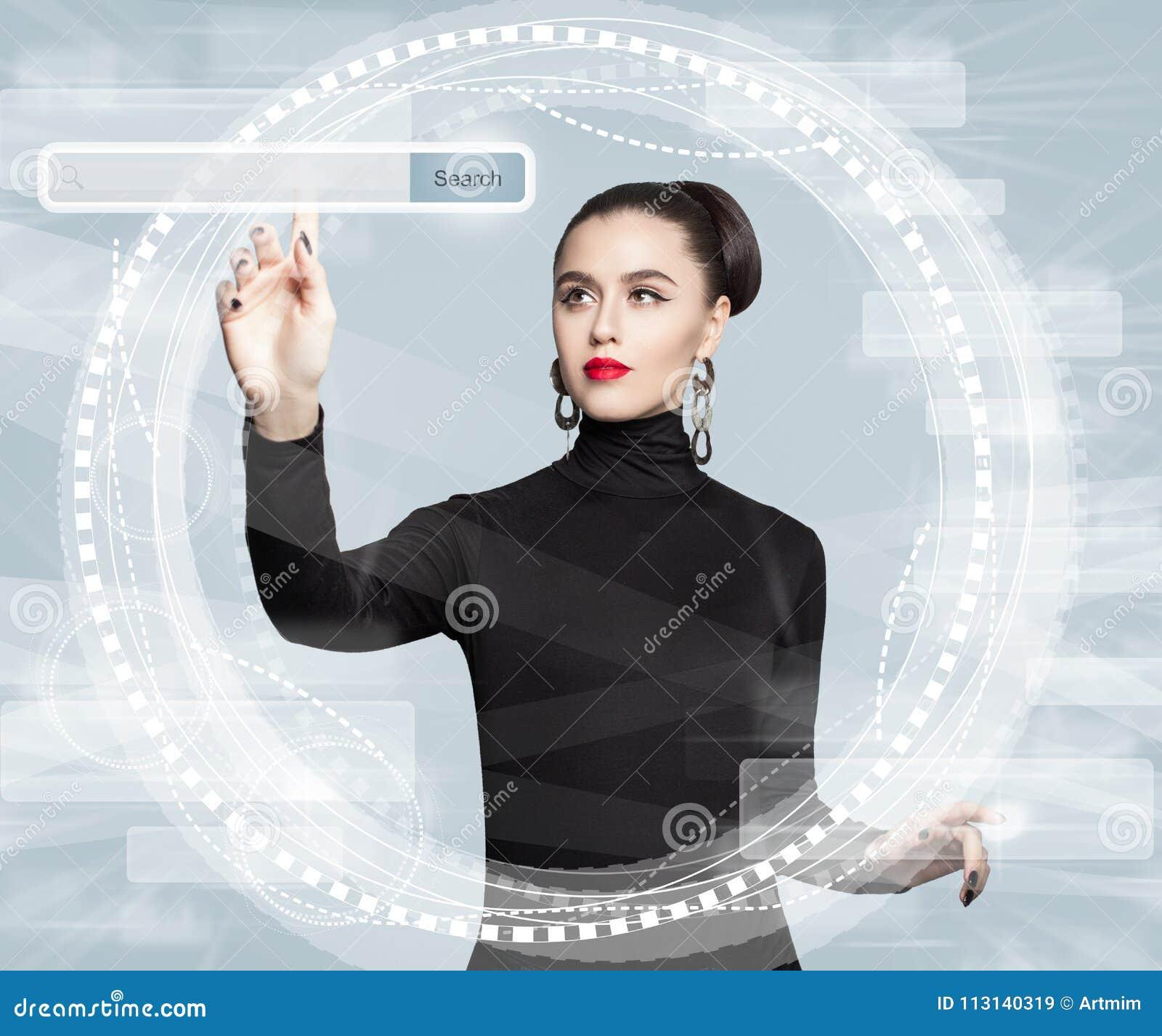 Nouvelle technologie, Internet, et concept surfant de Web