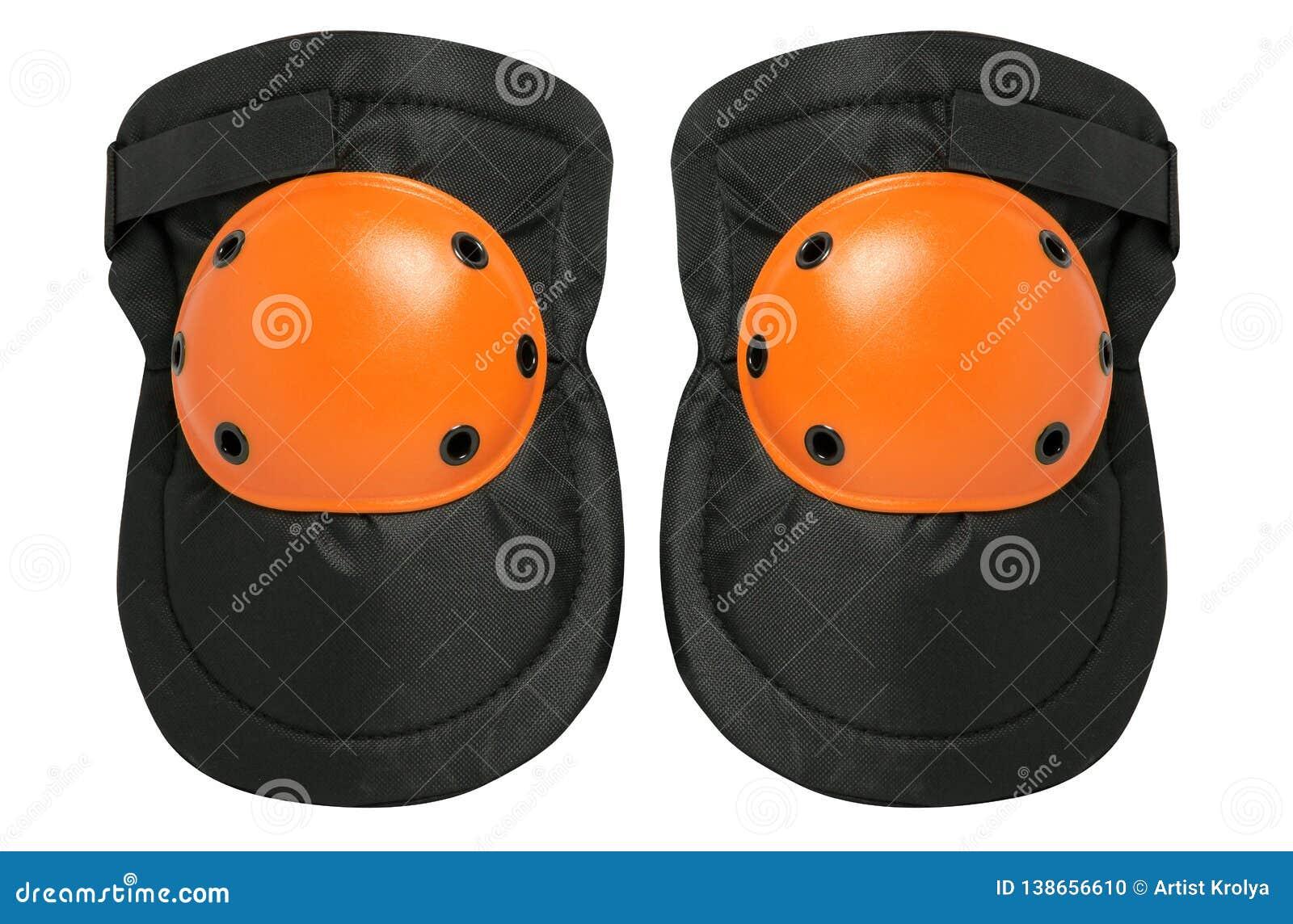 Nouvelles paires de protecteurs de genou d isolement sur un fond blanc