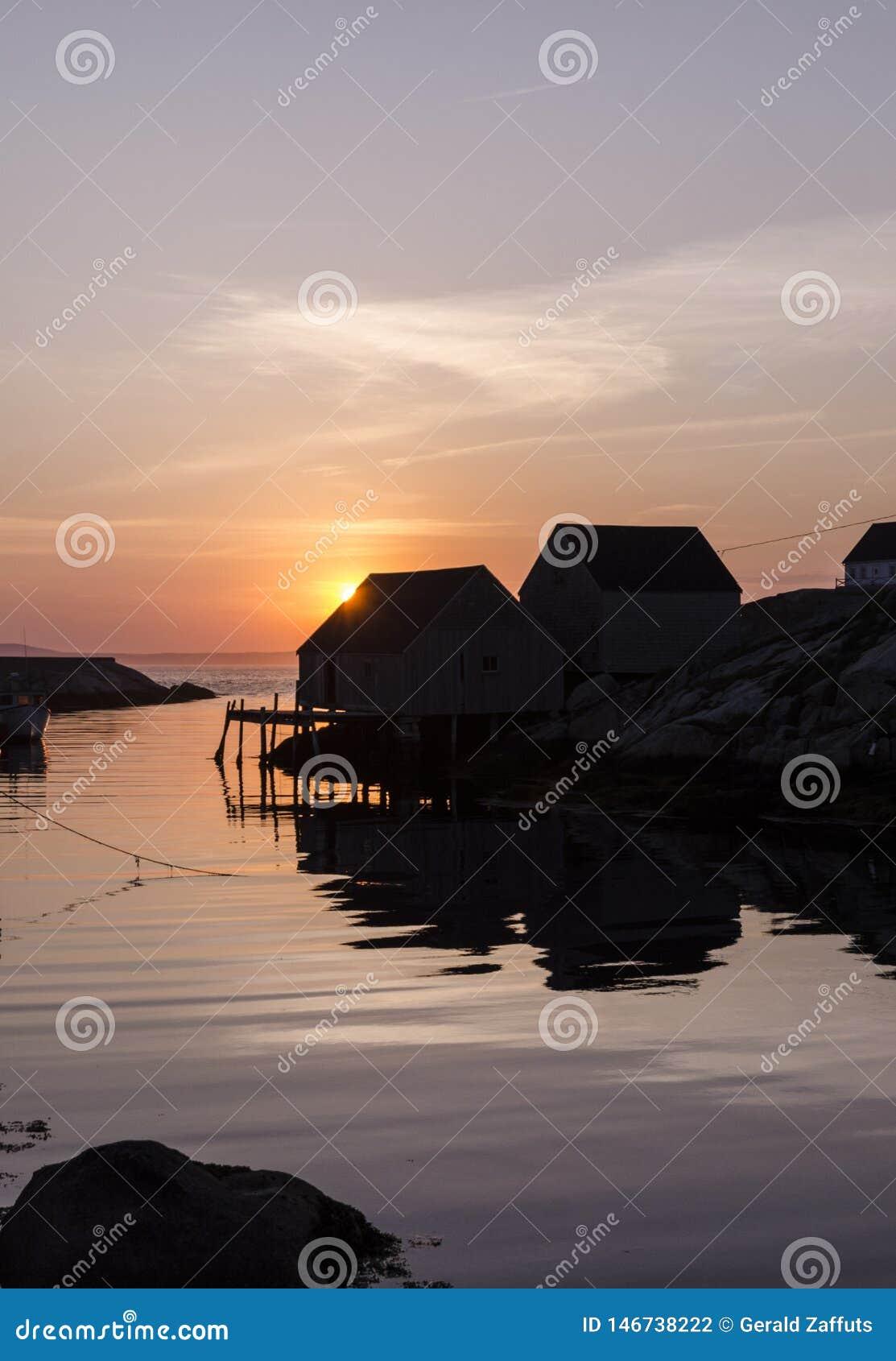Nova Scotia-visserijloodsen bij zonsondergang