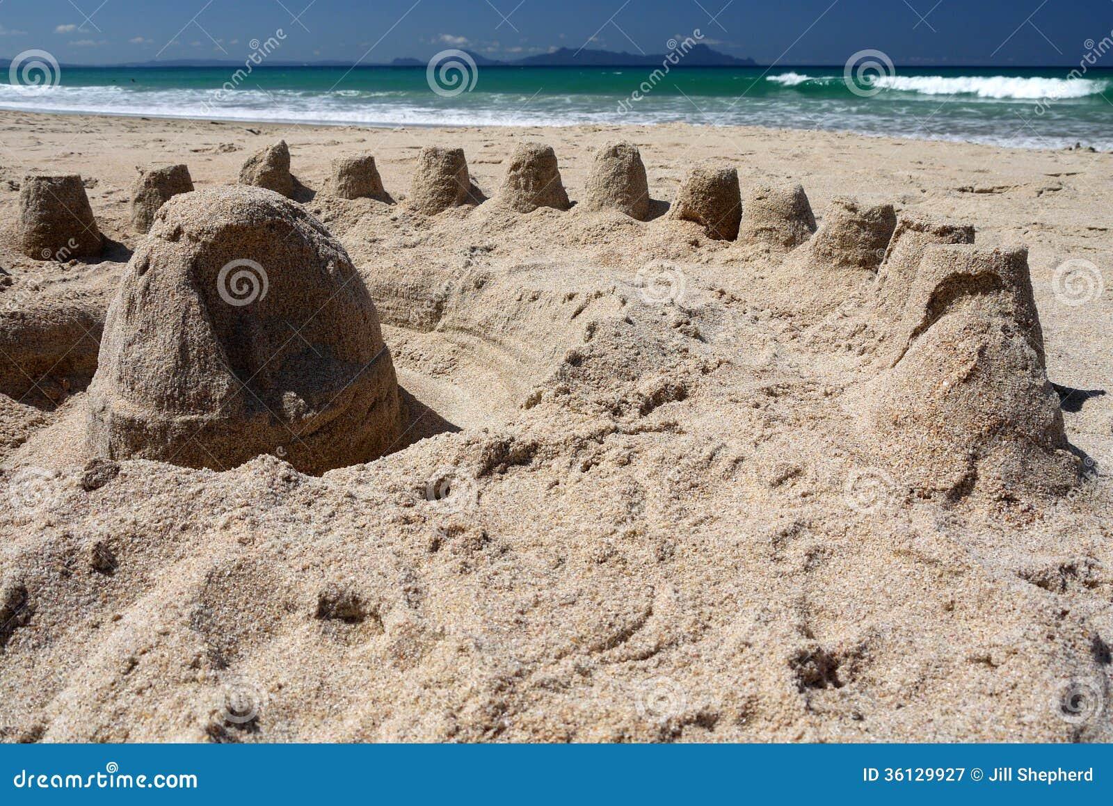 Nova Zelândia: a areia da praia do verão fortifica h