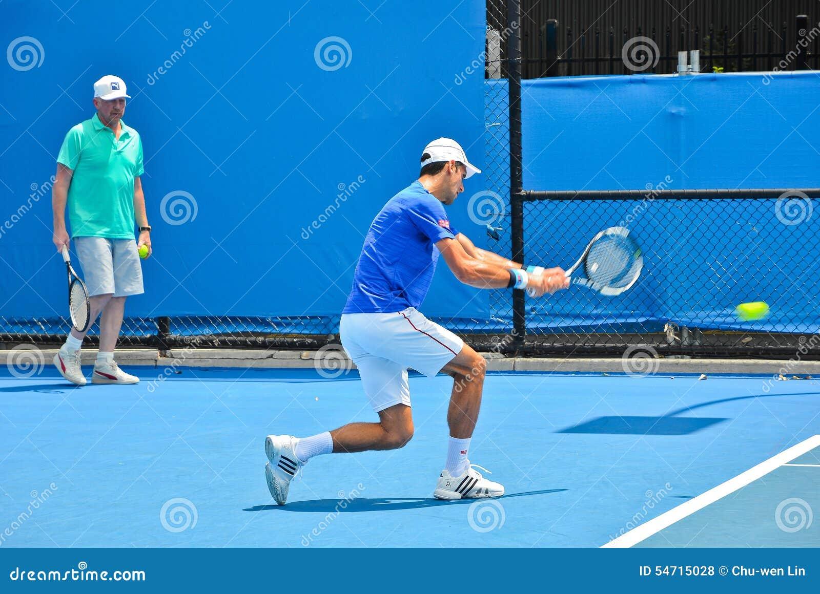 Novak Djokovic практикуя с Boris Becker