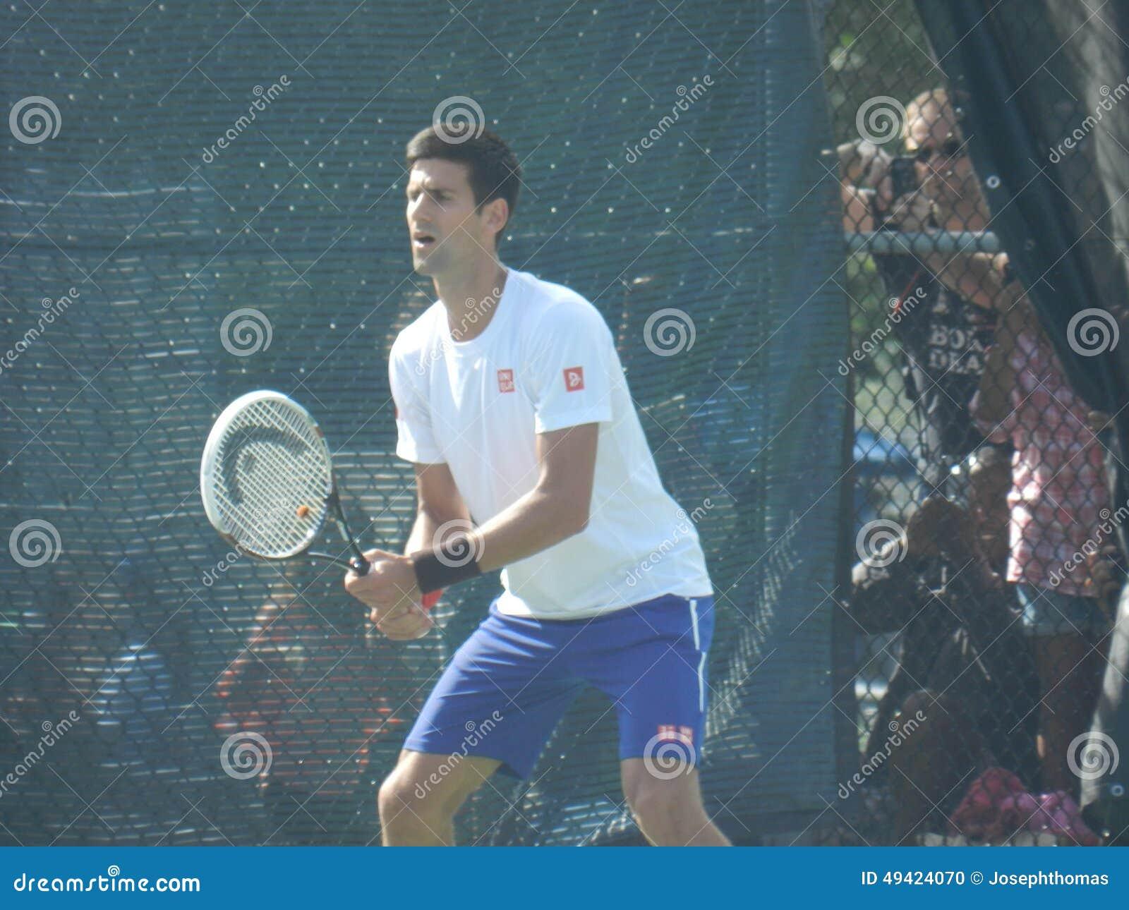 Novak Djokovic przy Coupe Rogers filiżanką - Montreal Kanada