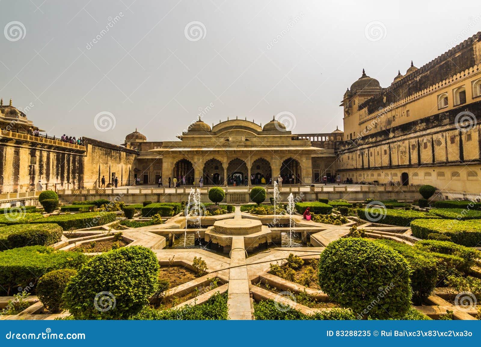 November 04, 2014: Gardens Of The Amber Fort In Jaipur, India ...