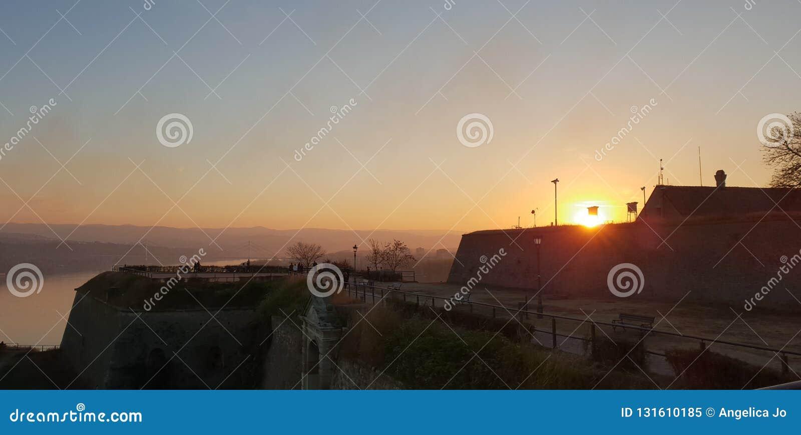 Novi Sad - la Serbia - tramonto