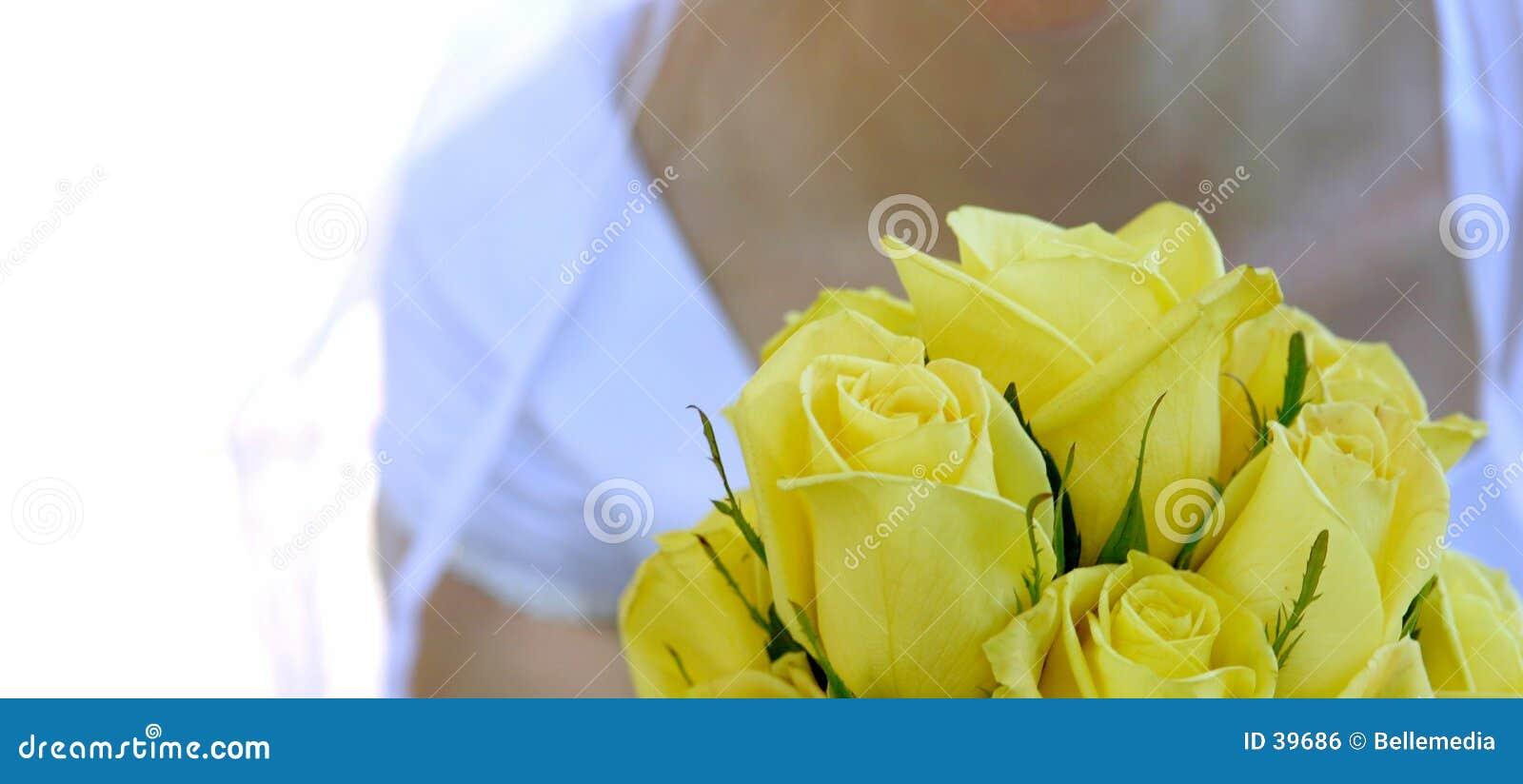 Download Novia con las flores foto de archivo. Imagen de blanco, enganchado - 39686