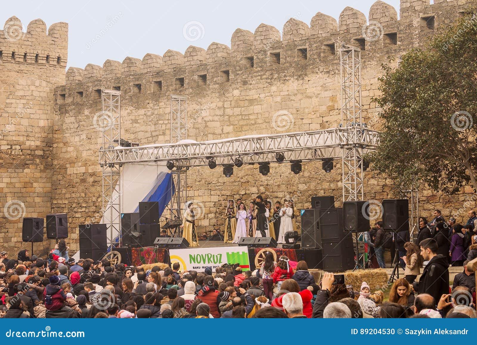 Novruz Bayram wakacje w kapitale republika Azerbejdżan w mieście Baku 22 Marzec 2017