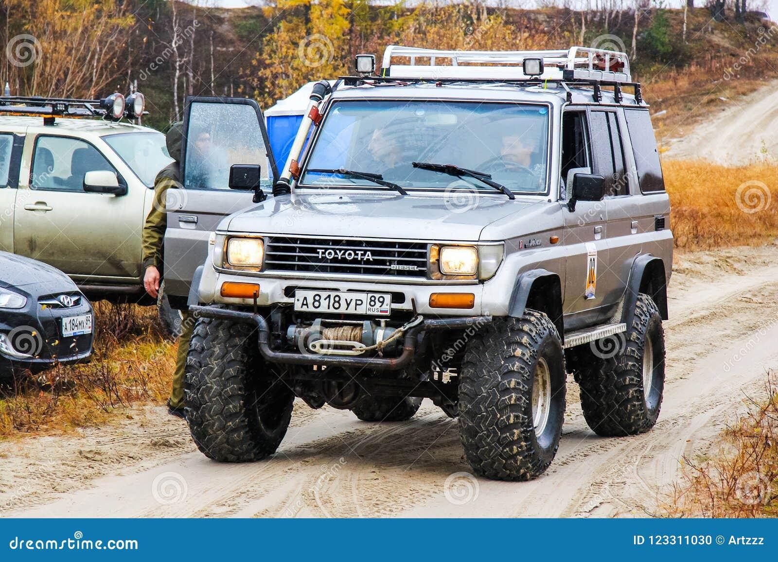 Toyota Land Cruiser Prado 70 Editorial Image Of Extremal 2015 Download Safari 123311030