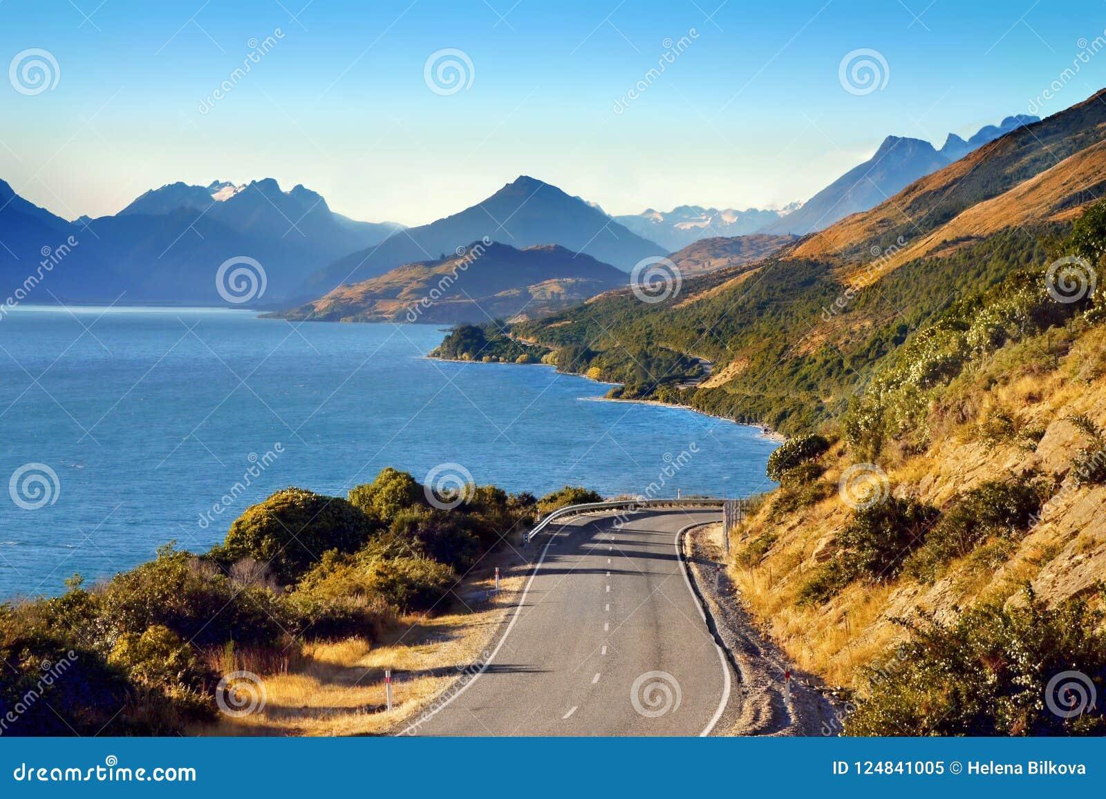 Nowa Zelandia Sceniczna droga, Queenstown krajobrazu góry