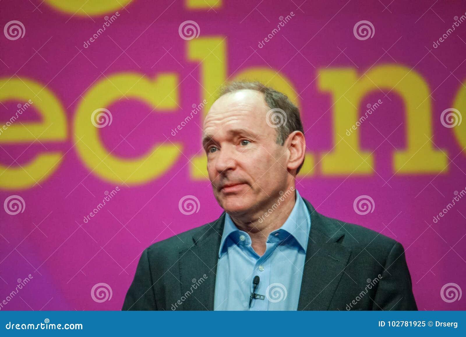 Nowator i założyciel interneta Sir Tim Berners-Lee