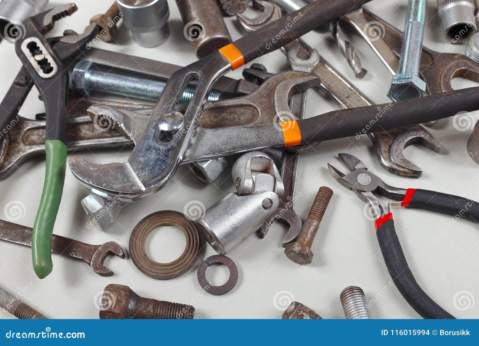 Nowi i starzy spanners dokrętki, rygle i dokrętki dla machinalnej pracy zbliżenia,