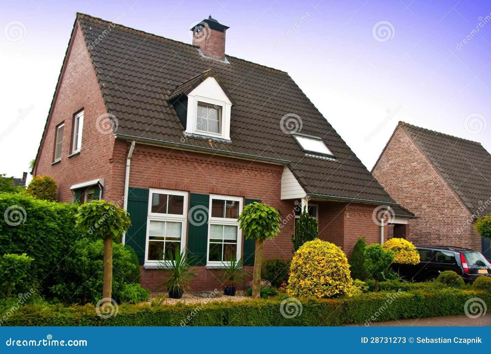 Nowożytny dom lub dom
