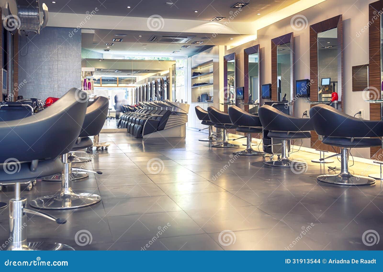 Nowożytny włosiany salon