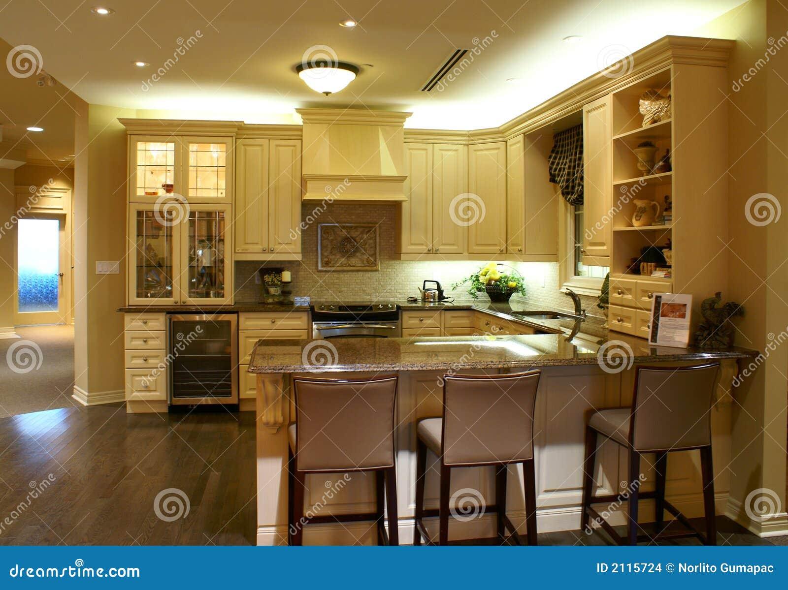 Nowoczesna Kuchnia Przestronny Obrazy Stock  Obraz 2115724 -> Kuchnia Wloska Obrazy