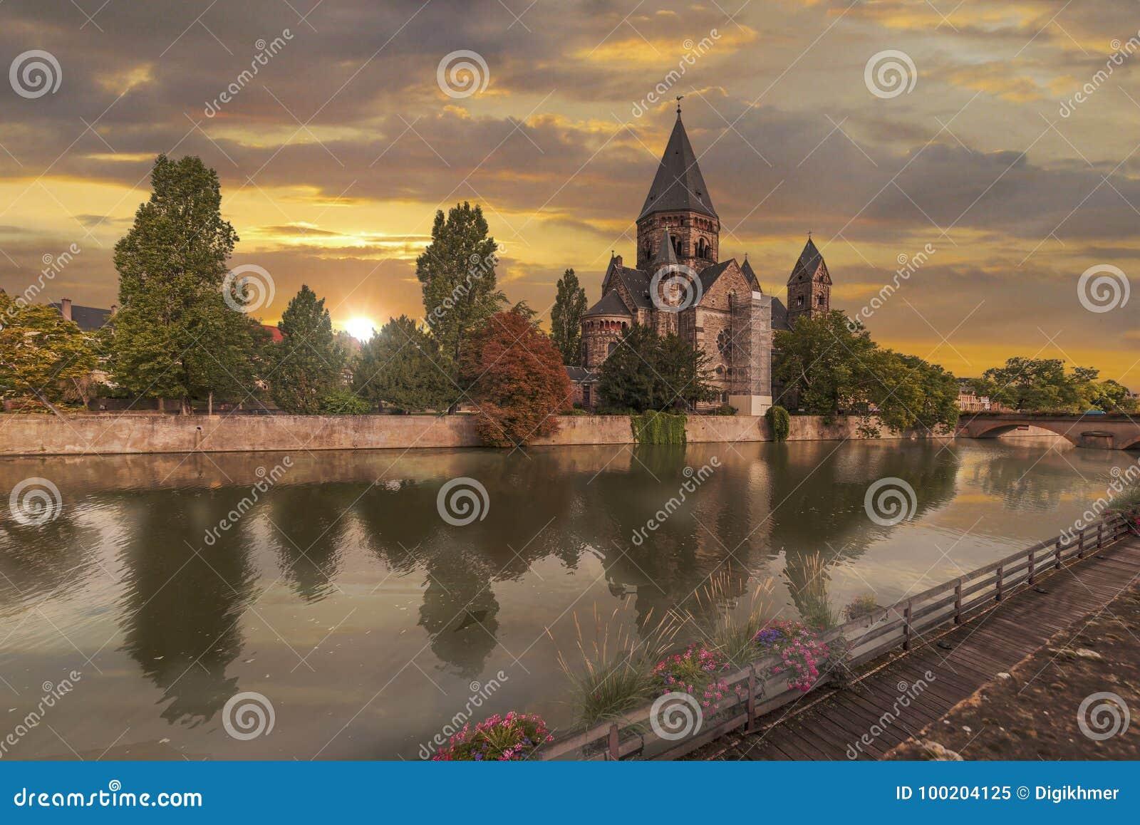 Nowy Świątynny Metz
