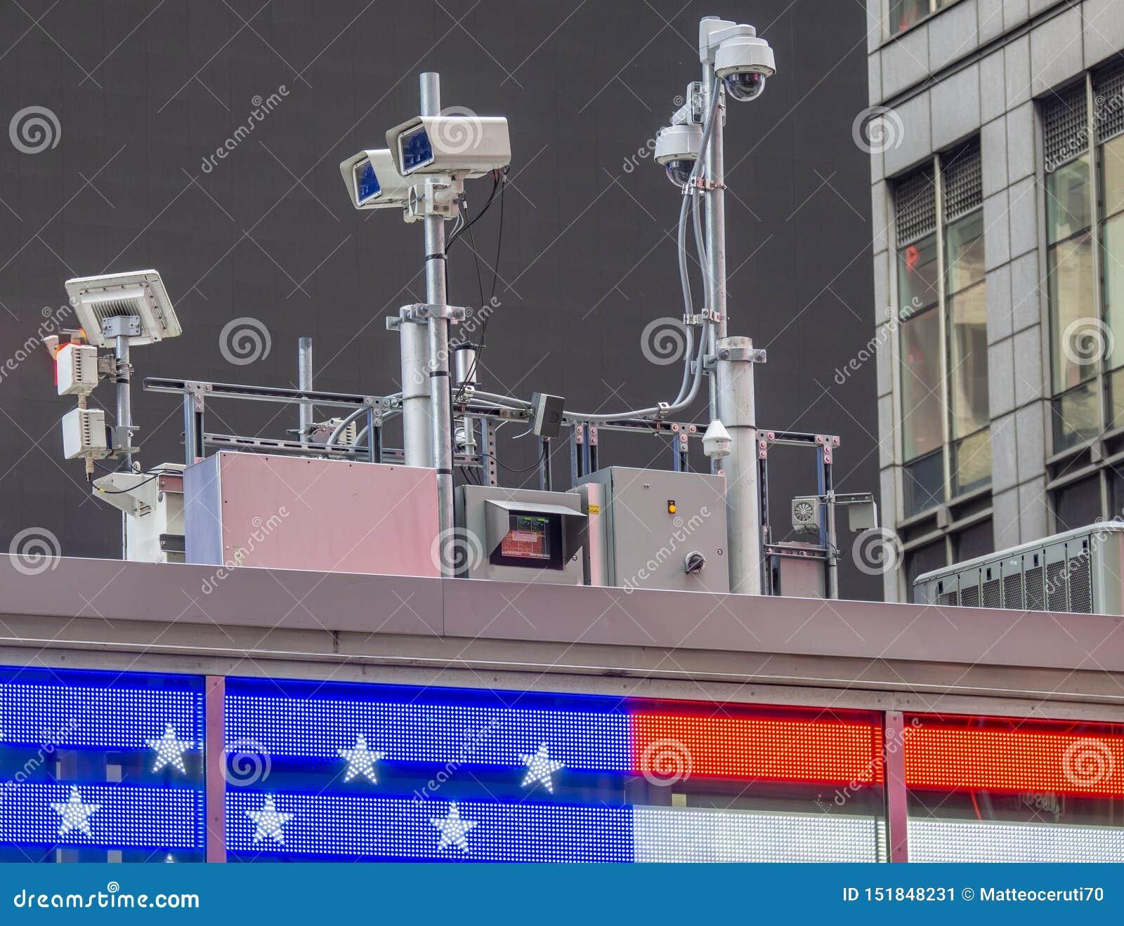 Nowy Jork, NY, usa Milicyjny wideo system obserwacji w centrum miasta Kamery które kontrolują najwięcej wrażliwych obszarów miast