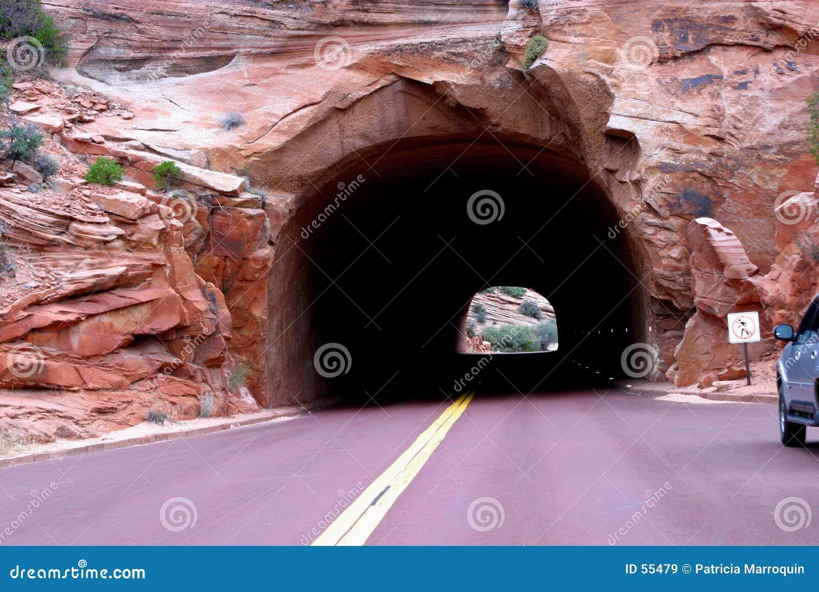 Nowych przygód tunelu