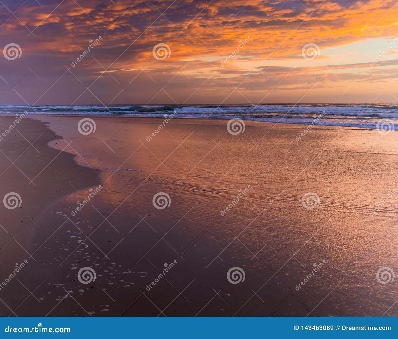 Nuages de lever de soleil