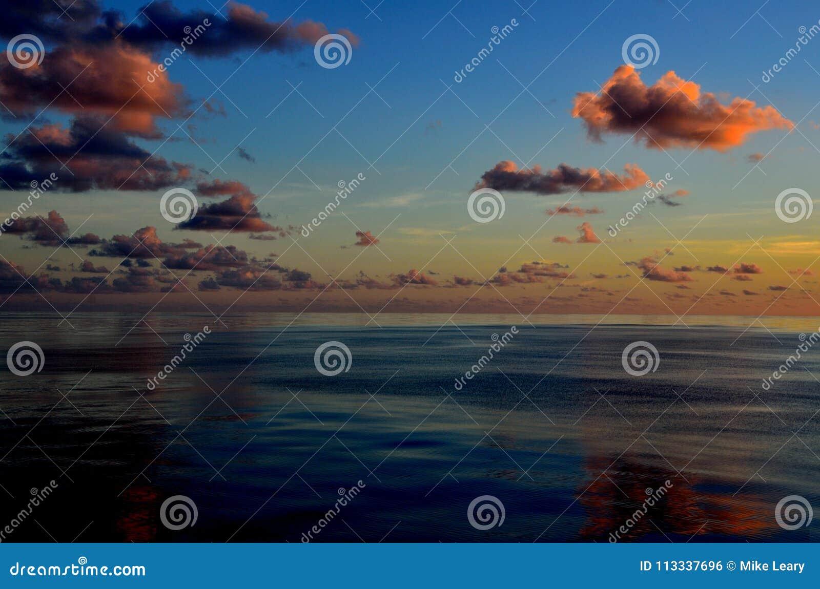 Nuages, mer et ciel