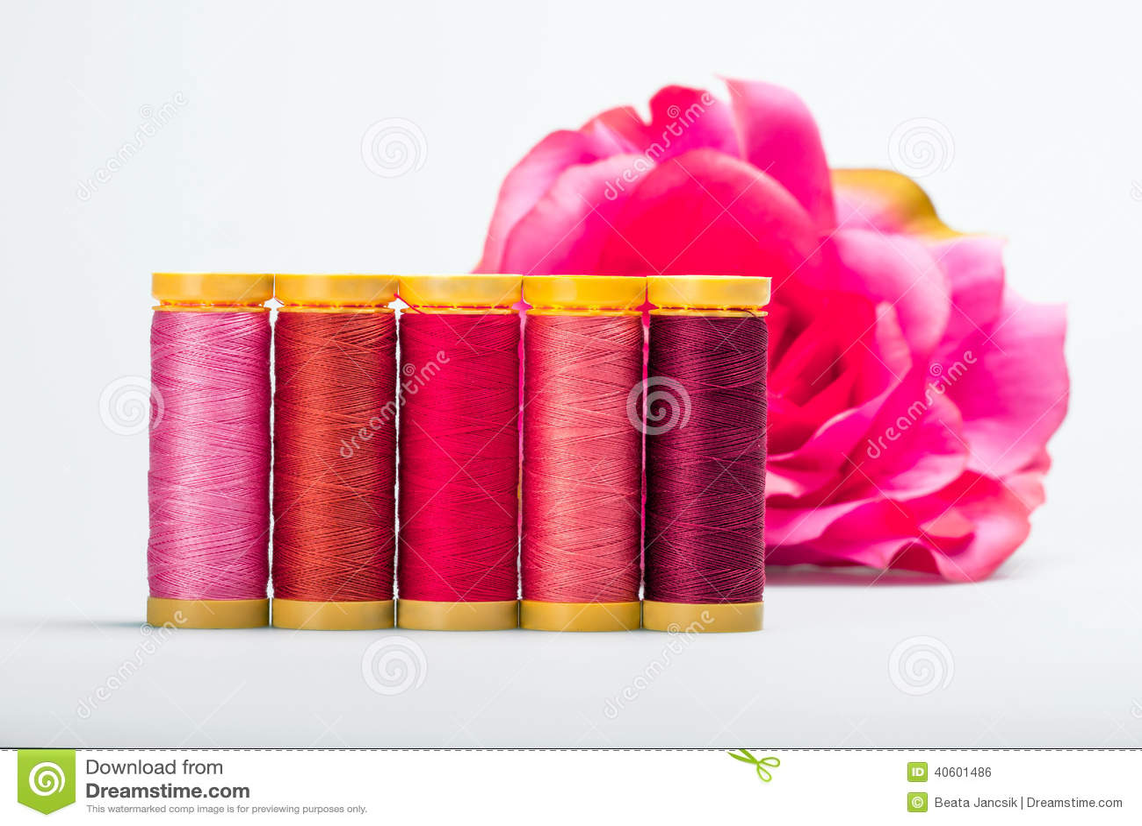 nuances de rose photo stock image du spools nylon passe 40601486. Black Bedroom Furniture Sets. Home Design Ideas
