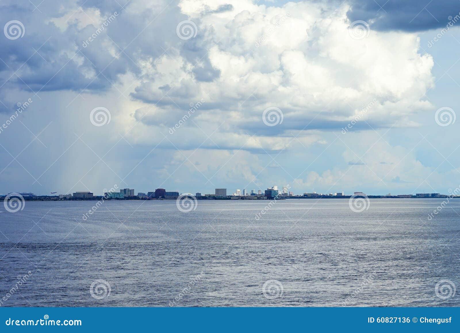 Nube en el área de Tampa Bay