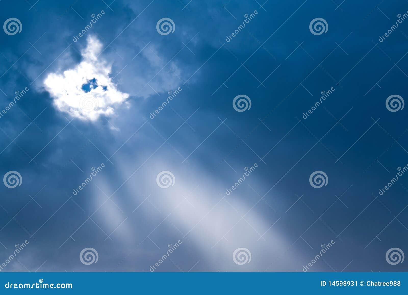 Nube y cielo
