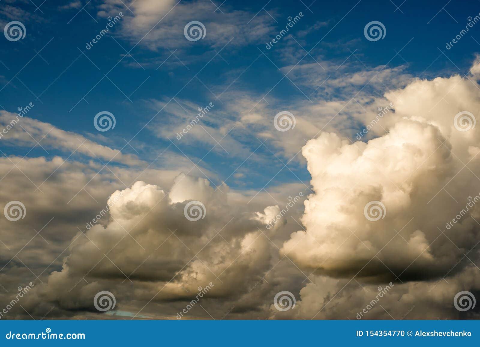 Nubes dramáticas textura, fondo abstracto