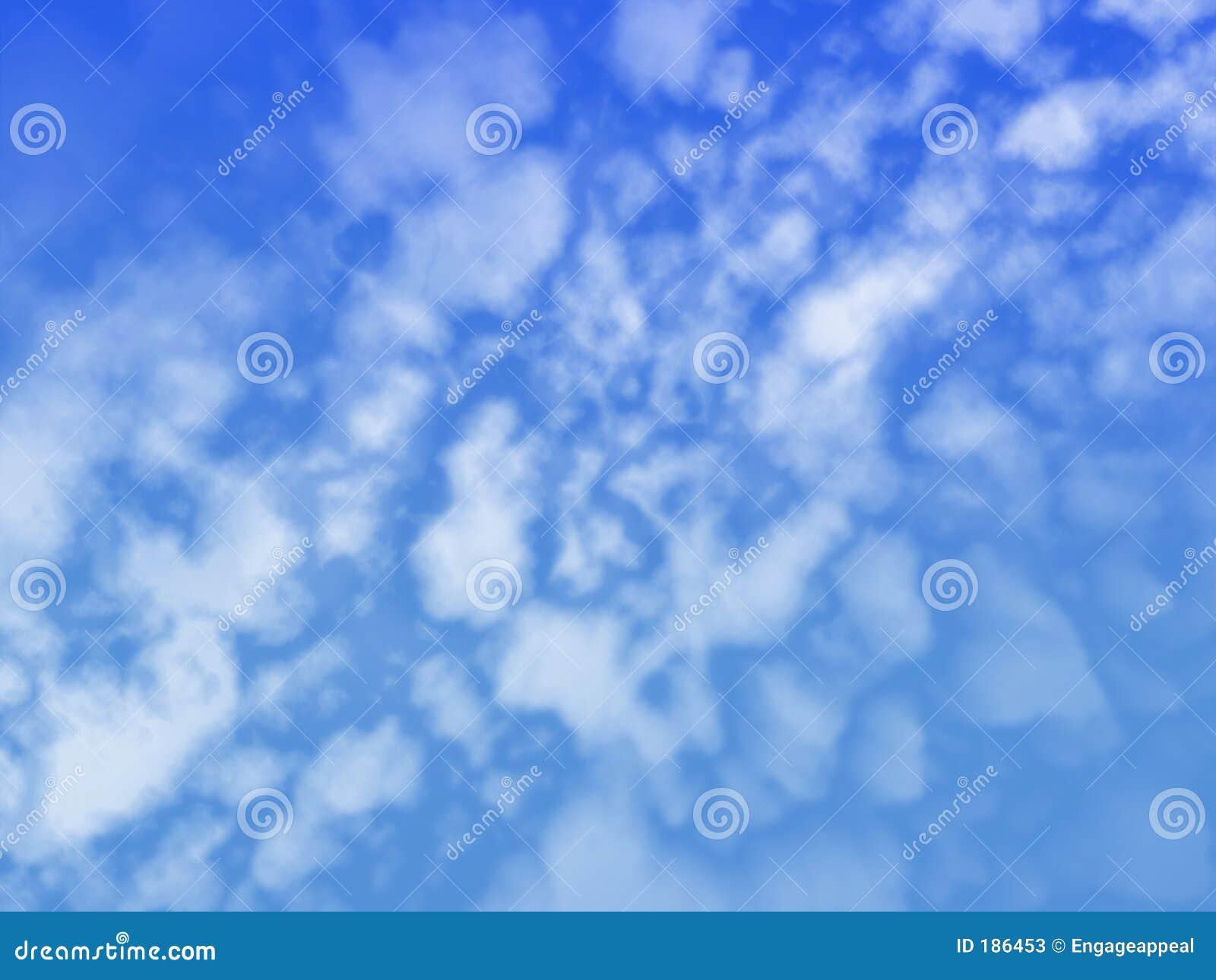 Nubes que arruinan el cielo