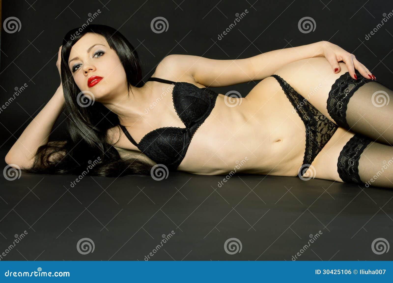 naked ebony women in panties