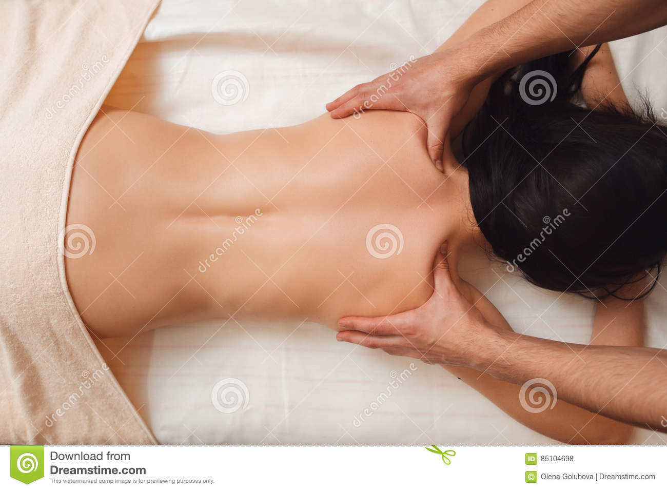 Nacked women body massage