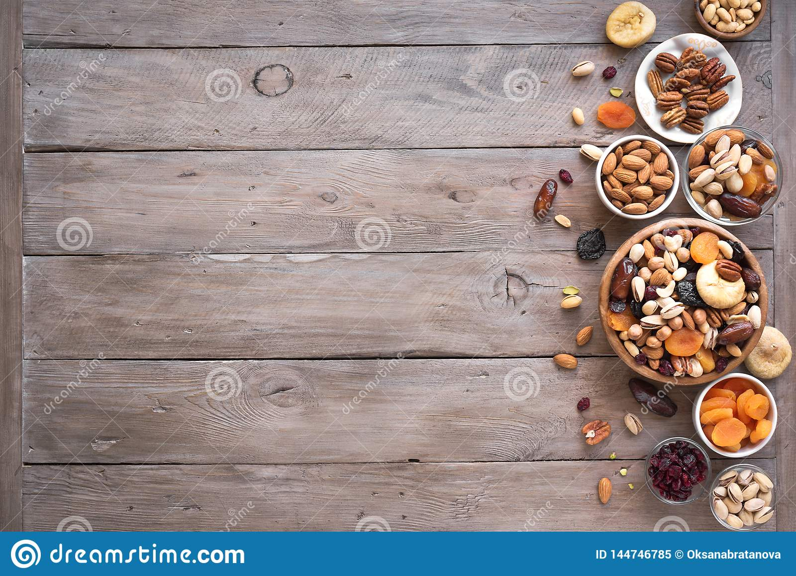Nueces mezcladas y frutas secadas
