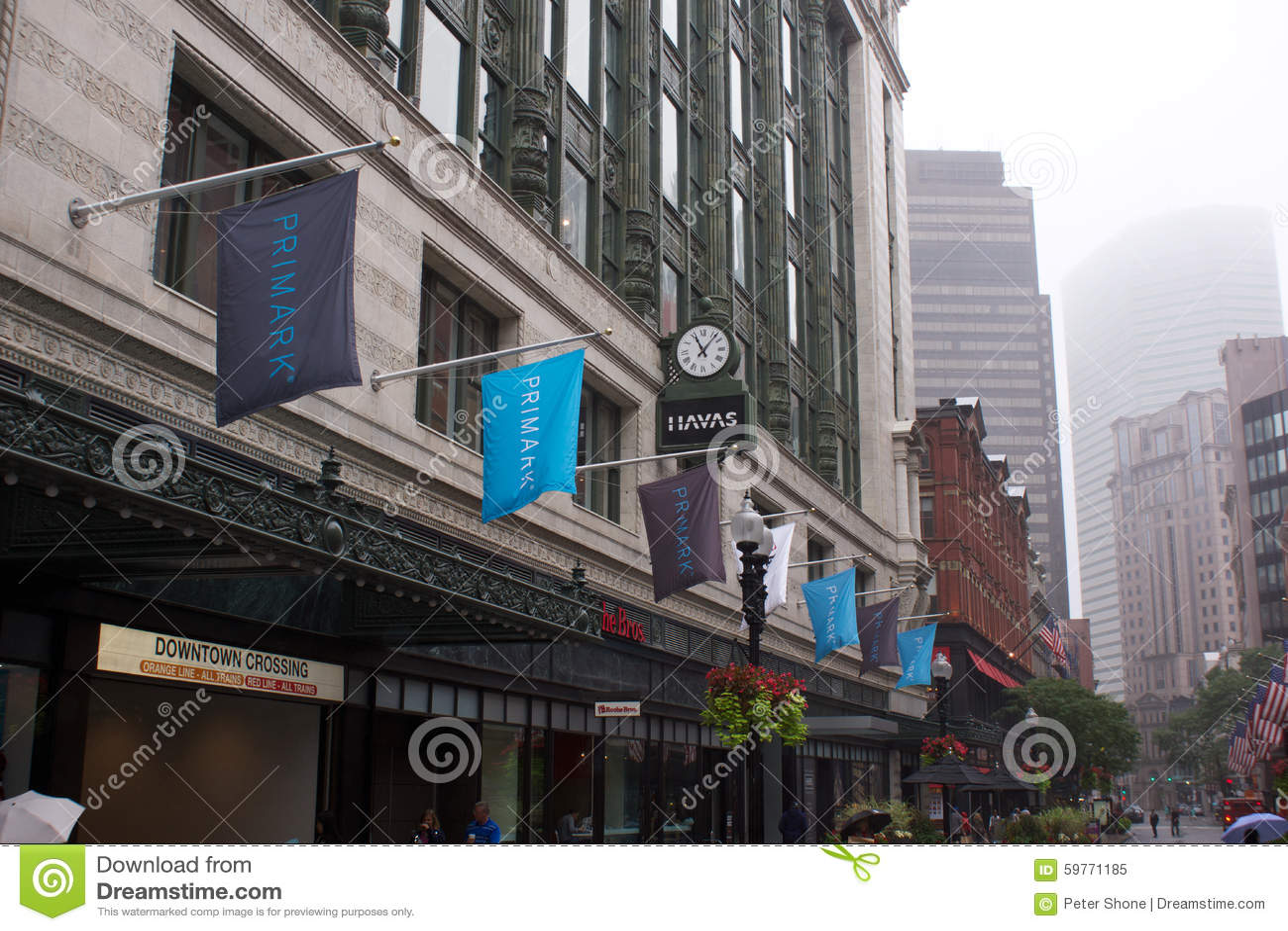 nueva boston massachusetts tienda de primark imagen editorial imagen 59771185. Black Bedroom Furniture Sets. Home Design Ideas