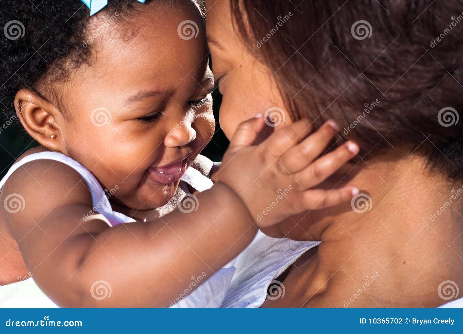 Nueva mama feliz