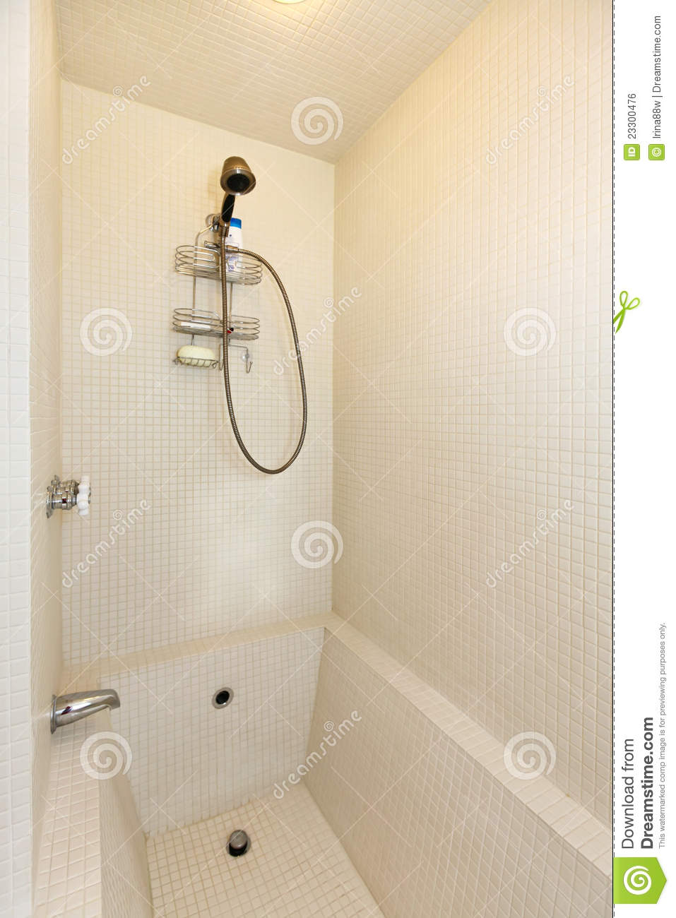 Tinas De Baño De Azulejo:White Tub and Shower Tile Designs