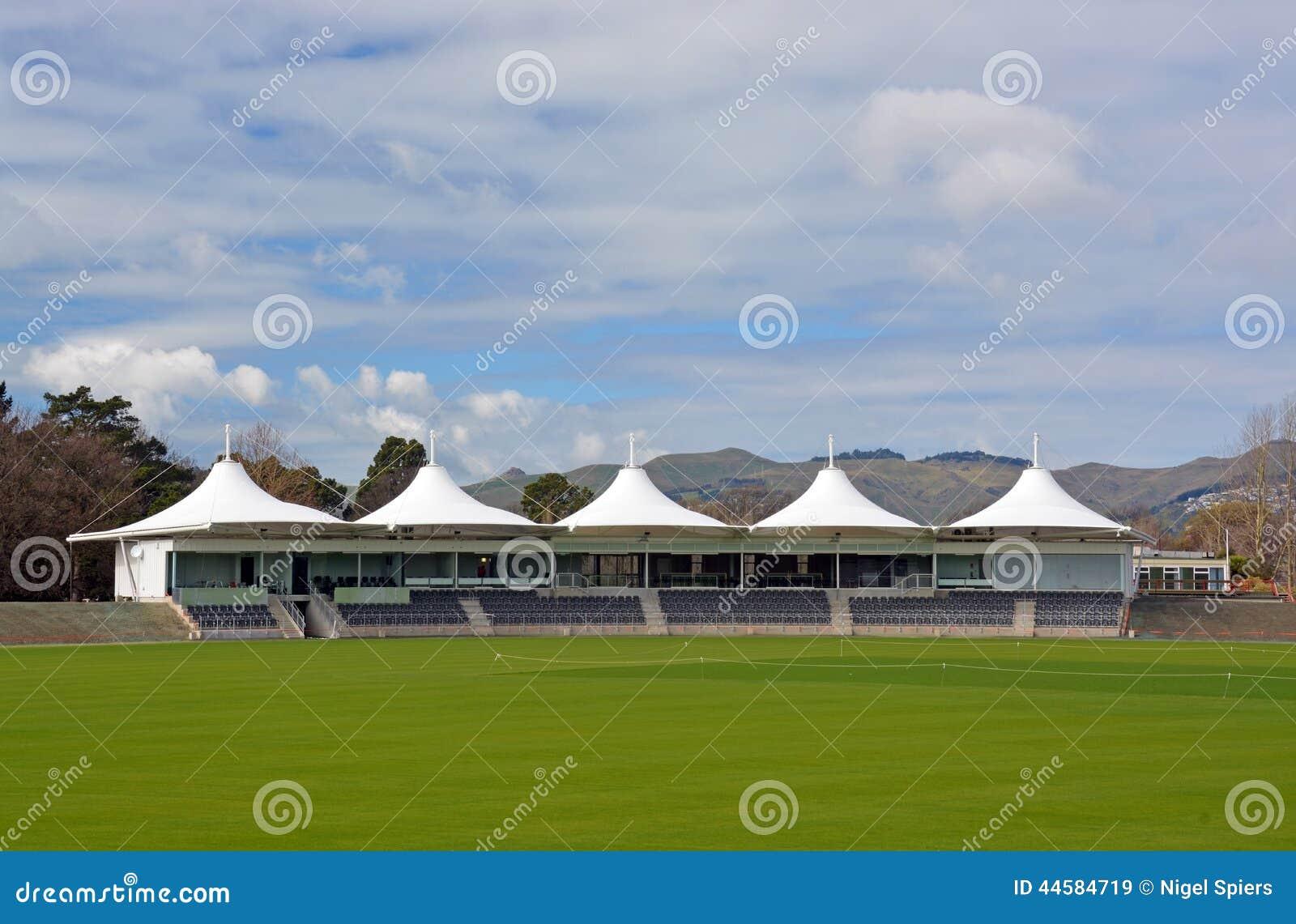 Nuevo pabellón oval del grillo de Hagley abierto en Christchurch